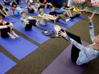 Kids Free To Do #Yoga in Los Angeles | Yoganomics